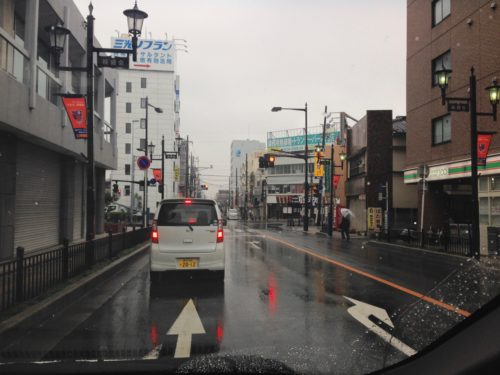 大会当日は雨