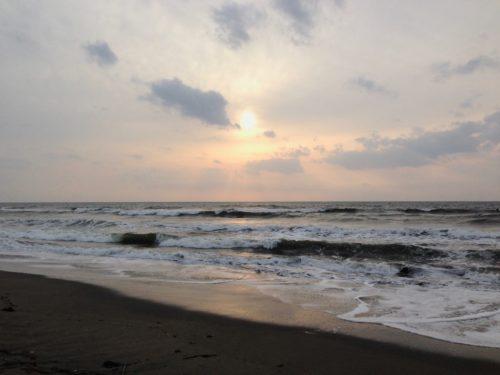 古所海水浴場の日の出